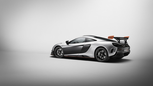 Vén màn cặp đôi siêu xe McLaren MSO R Coupe và Spider thửa riêng cho một đại gia - Ảnh 7.