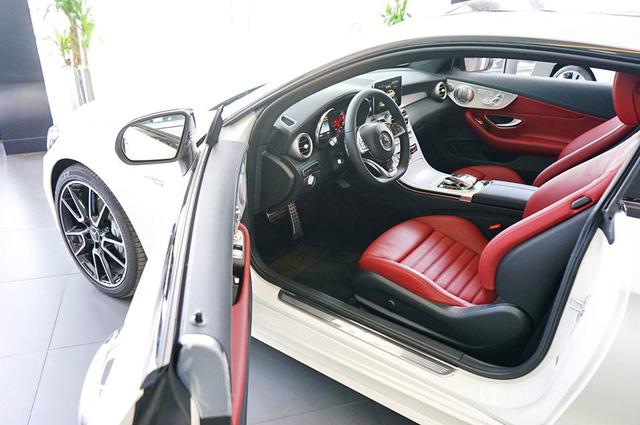 Mercedes-AMG C43 4Matic Coupe đầu tiên về Việt Nam, giá từ 4,2 tỷ Đồng - Ảnh 9.