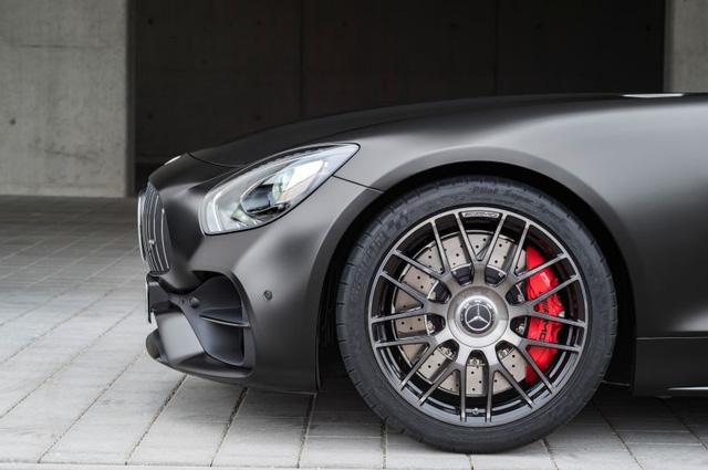 Xe thể thao hạng sang Mercedes-AMG GT C Coupe 2018 chính thức ra mắt - Ảnh 7.