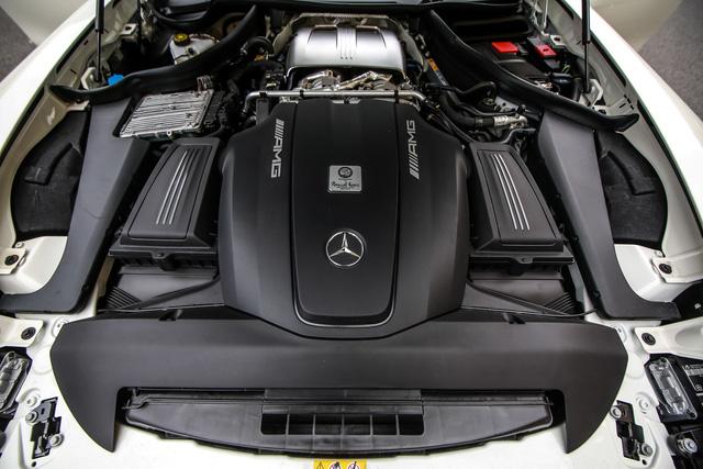 Mercedes-AMG GT R 2017 chốt giá hơn 400.000 USD tại Đông Nam Á - Ảnh 10.