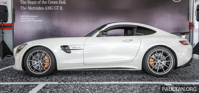 Mercedes-AMG GT R 2017 chốt giá hơn 400.000 USD tại Đông Nam Á - Ảnh 4.