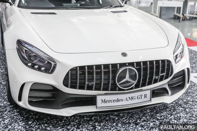 Mercedes-AMG GT R 2017 chốt giá hơn 400.000 USD tại Đông Nam Á - Ảnh 2.