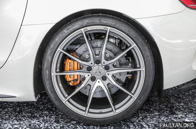Mercedes-AMG GT R 2017 chốt giá hơn 400.000 USD tại Đông Nam Á - Ảnh 3.