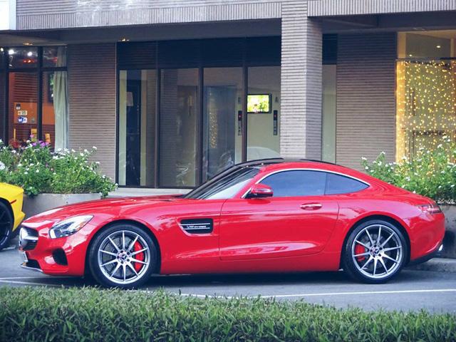 Cường Đô-la tậu thêm siêu xe Mercedes-AMG GT S - Ảnh 6.