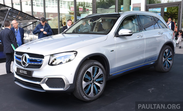 Xe không cần xăng Mercedes-Benz GLC F-Cell trình làng - Ảnh 1.