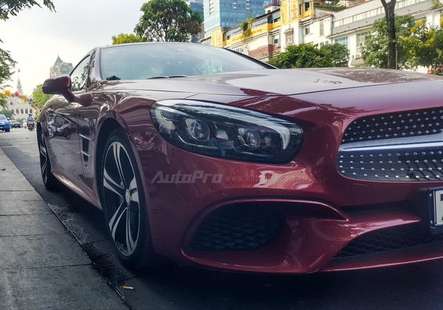 Người đẹp Bến Tre cầm lái xe mui trần hàng hiếm Mercedes-Benz SL400 giá 6,7 tỷ Đồng - Ảnh 6.