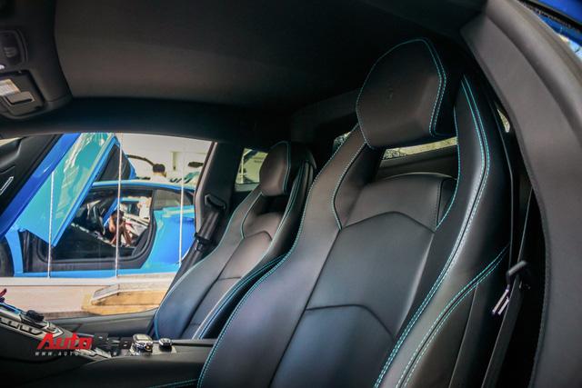 Siêu xe Lamborghini Aventador xanh dương độc nhất Việt Nam tái xuất - Ảnh 12.