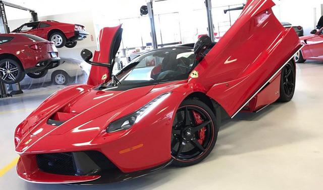 Đại gia ngành chăn đệm tậu Ferrari LaFerrari mui trần 46 tỷ Đồng - Ảnh 7.