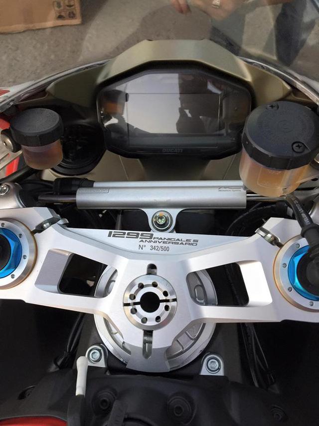 Lộ diện thiếu gia Sài thành sở hữu hàng hiếm Ducati 1299 Panigale S Anniversario - Ảnh 6.