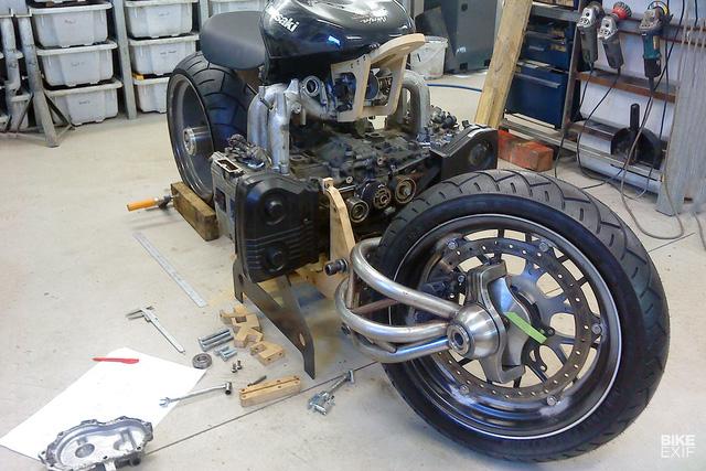 Diện kiến siêu mô tô Madboxer dùng động cơ Subaru WRX - Ảnh 3.