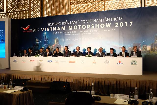 Trường Hải không tham dự triển lãm ô tô Việt Nam 2017 - Ảnh 1.