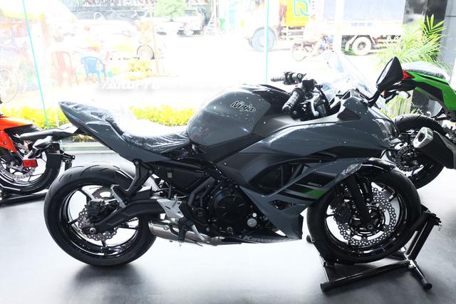 Chi tiết Kawasaki Ninja 650 2018 hoàn toàn mới chốt giá bán tại Việt Nam