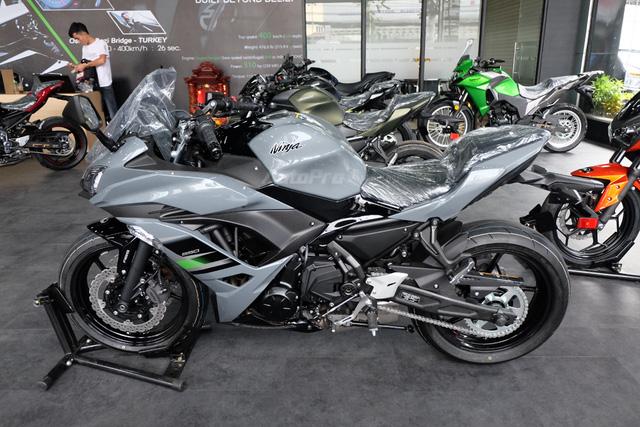 Kawasaki Ninja 650 2018 với màu sơn mới xuất hiện tại Việt Nam, giá bán 288 triệu Đồng - Ảnh 4.