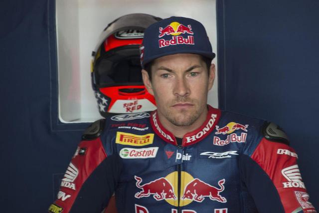 Tay đua Nicky Hayden qua đời ở tuổi 35 sau tai nạn xe đạp - Ảnh 1.