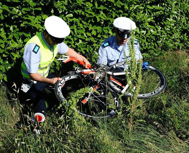 Tay đua Nicky Hayden qua đời ở tuổi 35 sau tai nạn xe đạp - Ảnh 4.