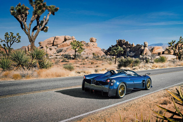 Siêu xe Pagani Huayra mui trần chính thức trình làng, giá 54,7 tỷ Đồng - Ảnh 13.