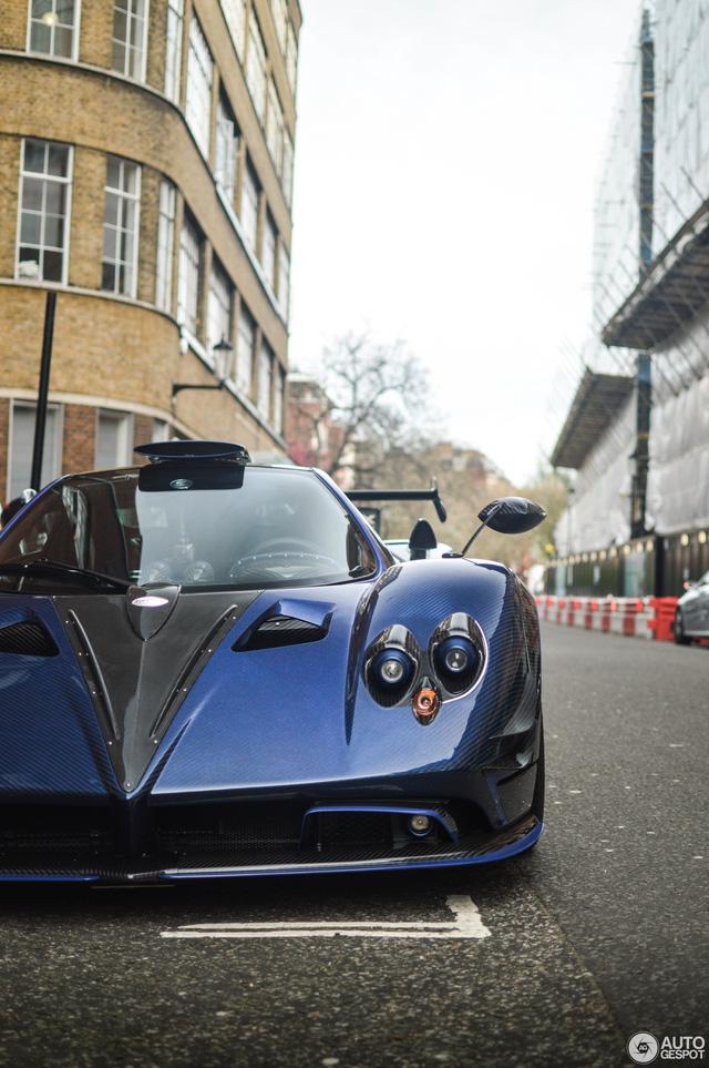 Siêu phẩm Pagani Zonda thửa riêng của ông chủ đại lý Bugatti tái xuất - Ảnh 2.