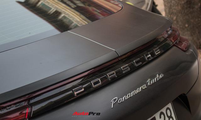 Porsche Panamera Turbo 2017 giá hơn 12 tỷ đầu tiên đổi màu tại Hà Nội - Ảnh 10.