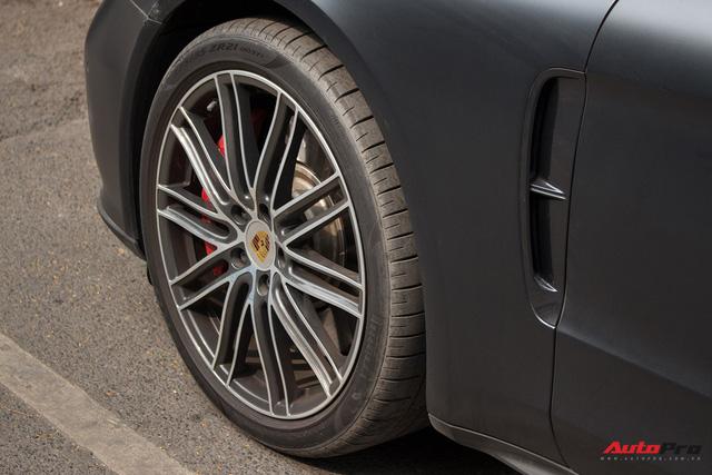Porsche Panamera Turbo 2017 giá hơn 12 tỷ đầu tiên đổi màu tại Hà Nội - Ảnh 17.