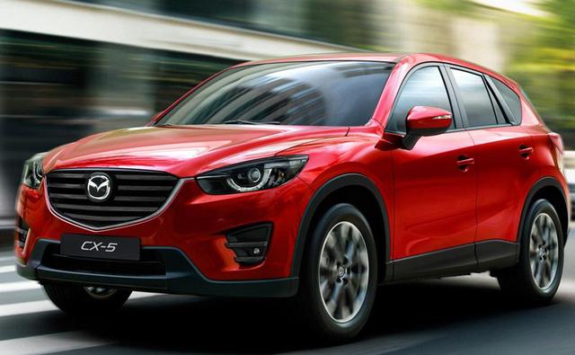 Mazda 6 giảm giá 2 lần/tháng, Camry xuống giá hơn 100 triệu - Ảnh 1.