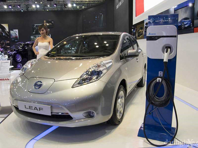 Campuchia làm ô tô điện từ lâu, VN vẫn tranh cãi - Ảnh 1.