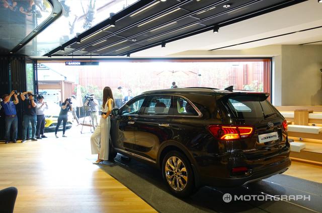 Soi SUV cỡ trung Kia Sorento 2018 có thể về Việt Nam bằng xương, bằng thịt - Ảnh 5.