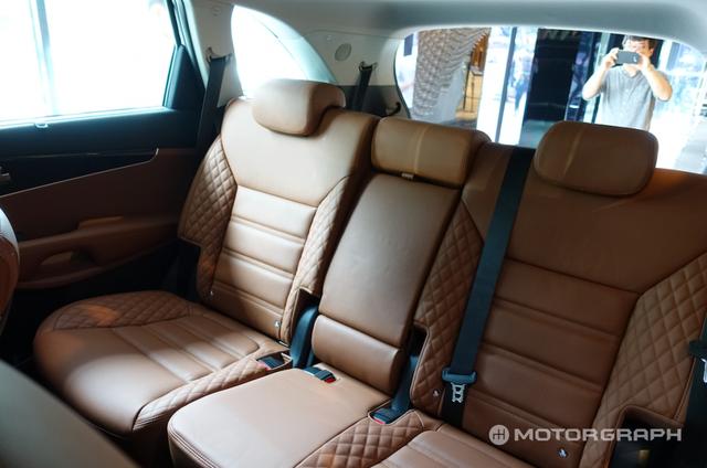 Soi SUV cỡ trung Kia Sorento 2018 có thể về Việt Nam bằng xương, bằng thịt - Ảnh 9.