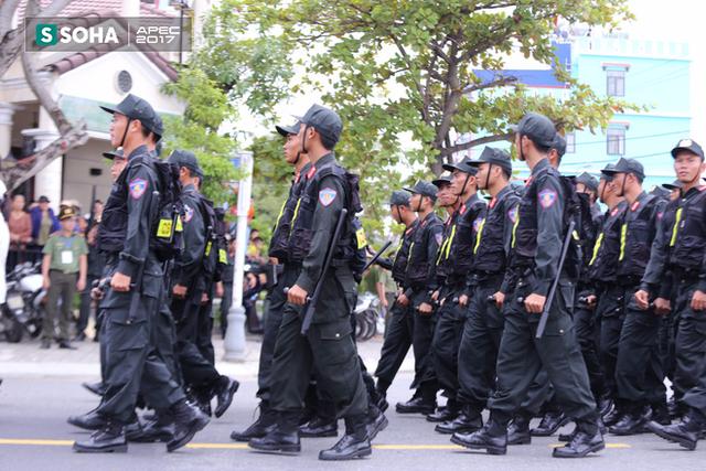 Ngắm dàn xe khủng của lực lượng công an, quân đội Việt Nam sẵn sàng bảo vệ APEC - Ảnh 2.