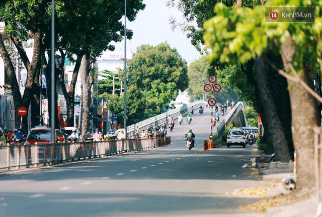 Có những ngày như thế: Sài Gòn không còi xe, khói bụi và không ùn tắc lúc 5 giờ chiều - Ảnh 14.