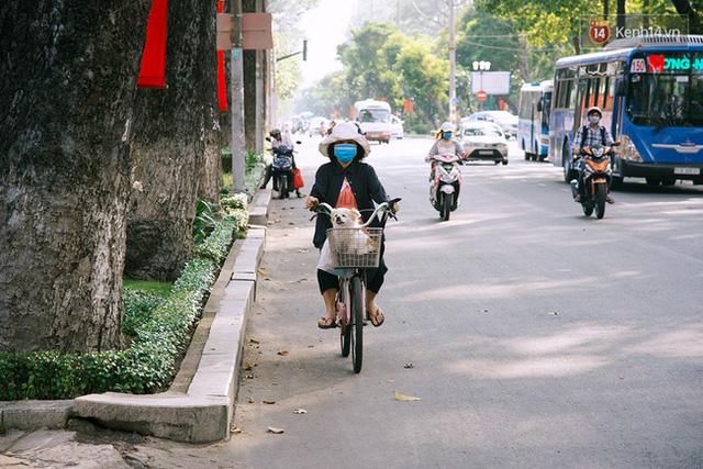 Có những ngày như thế: Sài Gòn không còi xe, khói bụi và không ùn tắc lúc 5 giờ chiều - Ảnh 17.