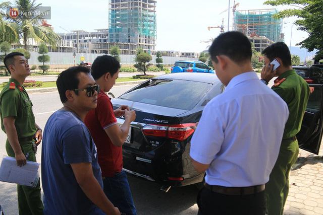 Trích xuất camera truy tìm nhóm thanh niên đập phá hàng loạt ô tô trong đêm ở Đà Nẵng - Ảnh 4.