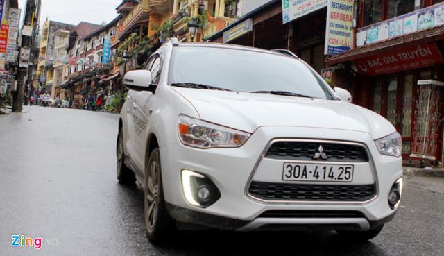 5 mẫu xe hơi ế nhất Việt Nam trong tháng 4 - Ảnh 6.