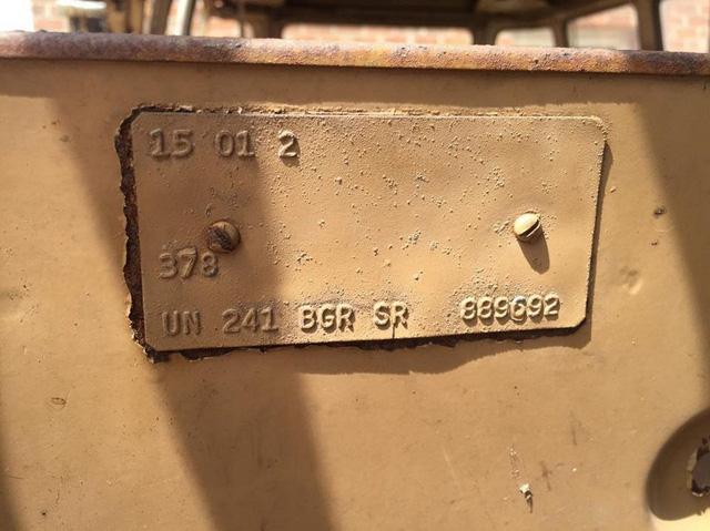 Chi 10.000 USD mua xe sắt vụn - Ảnh 7.
