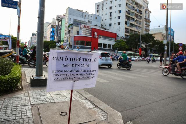 Giao thông ở Sài Gòn rối như canh hẹ sau khi phân luồng thi công nhà ga trung tâm Bến Thành - Ảnh 8.