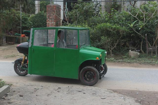Nghệ An: Người đàn ông tự chế xe ô tô điện giá 15 triệu đồng để chở con gái đi học mỗi ngày - Ảnh 9.