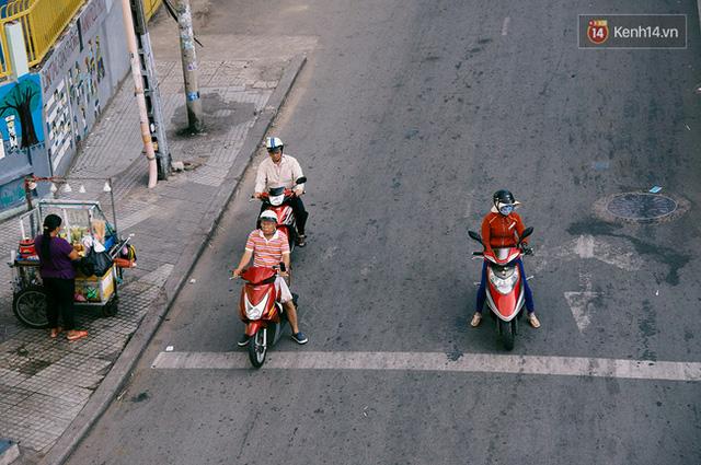 Có những ngày như thế: Sài Gòn không còi xe, khói bụi và không ùn tắc lúc 5 giờ chiều - Ảnh 11.