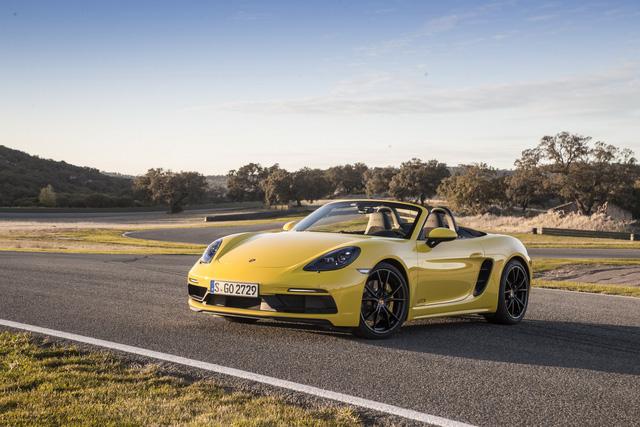 Bộ đôi Porsche 718 Cayman và 718 Boxster thêm bản GTS hớp hồn dân mê tốc độ - Ảnh 3.
