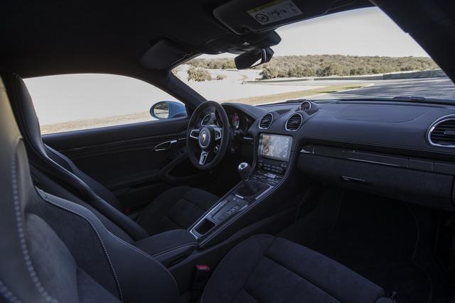 Bộ đôi Porsche 718 Cayman và 718 Boxster thêm bản GTS hớp hồn dân mê tốc độ - Ảnh 2.