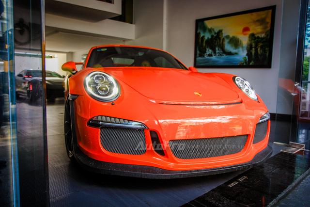 Siêu xe Porsche 911 GT3 RS của Cường Đô la có gì