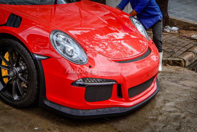 Cận cảnh siêu xe Porsche 911 GT3 RS mà Cường Đô-la mới tậu - Ảnh 5.