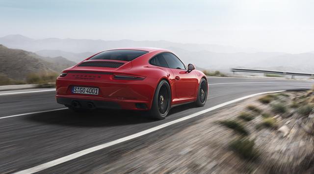 Porsche 911 GTS 2017 tăng thêm 20 mã lực, giá từ 3 tỷ Đồng - Ảnh 5.