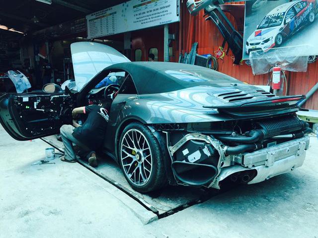 Cận cảnh Porsche 911 Turbo S mui trần 2016 đầu tiên tại Việt Nam - Ảnh 8.
