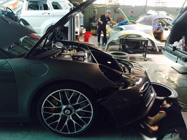 Cận cảnh Porsche 911 Turbo S mui trần 2016 đầu tiên tại Việt Nam - Ảnh 7.