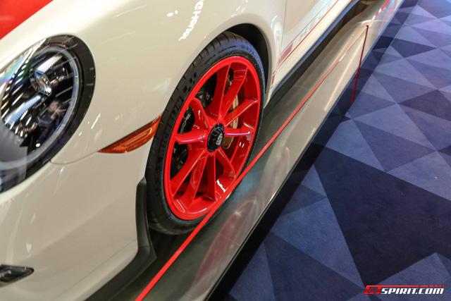 Làm quen với Porsche 911 R phiên bản đồng hồ TAG Heuer - Ảnh 5.