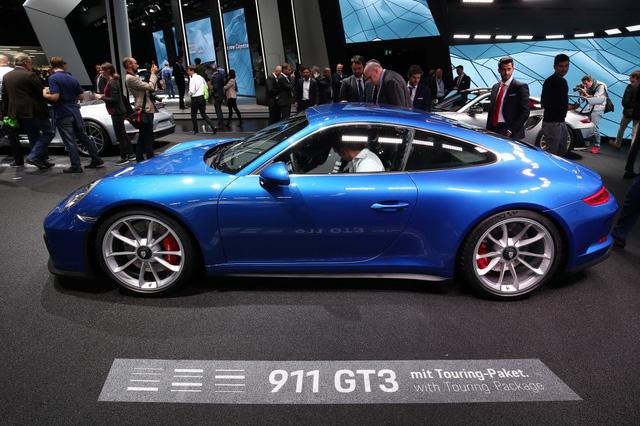 Porsche 911 GT3 2018 có thêm phiên bản Touring Package, bản sao của hàng hiếm 911 R - Ảnh 5.