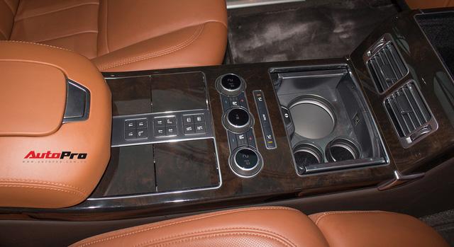 Range Rover SVAutobiography LWB đã qua sử dụng rao bán 12 tỷ đồng - Ảnh 10.