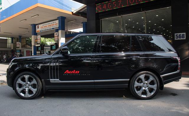 Range Rover SVAutobiography LWB đã qua sử dụng rao bán 12 tỷ đồng - Ảnh 1.