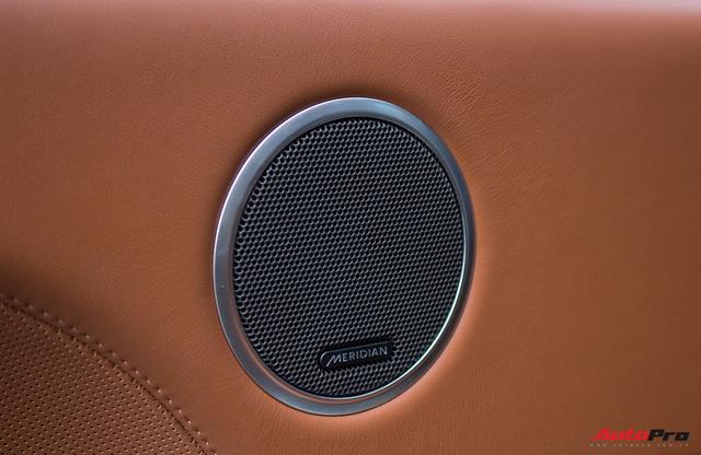 Range Rover SVAutobiography LWB đã qua sử dụng rao bán 12 tỷ đồng - Ảnh 12.