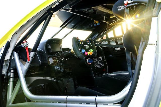Vừa ra mắt, Aston Martin Vantage 2019 đã có phiên bản đua chuyên nghiệp GTE - Ảnh 4.