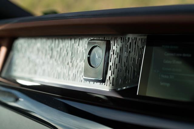 Rolls-Royce Phantom đạt giải thưởng xe siêu sang cao quý nhất từ Top Gear - Ảnh 3.
